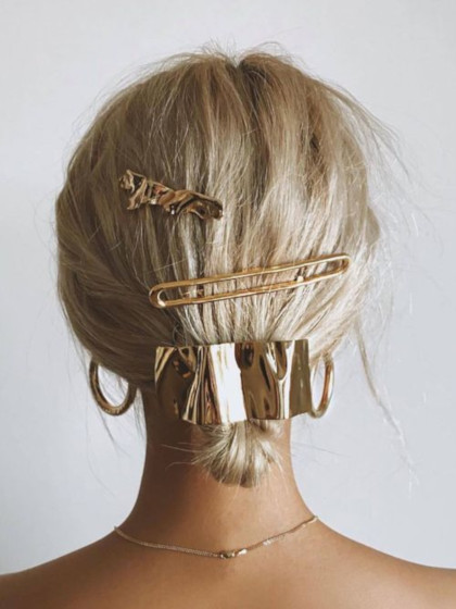 Gold hair barrette