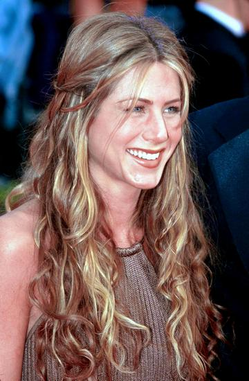 Long curls Jennifer Aniston