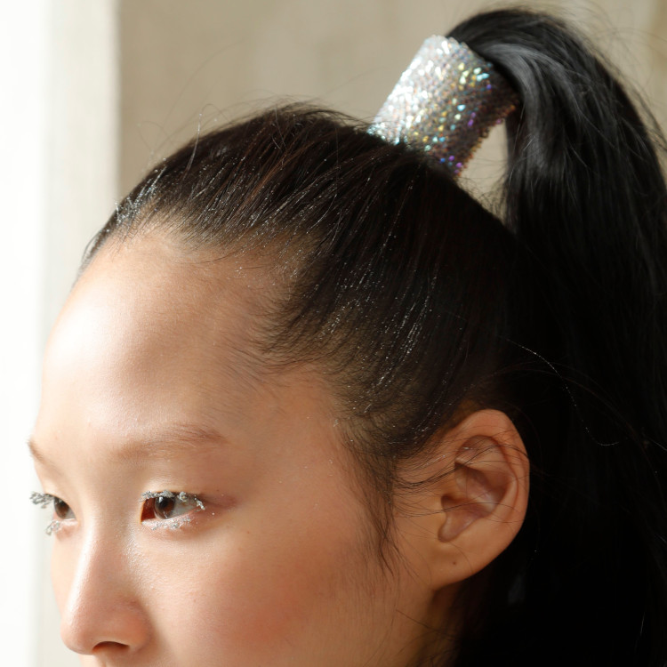 Byblos show high pony accessory