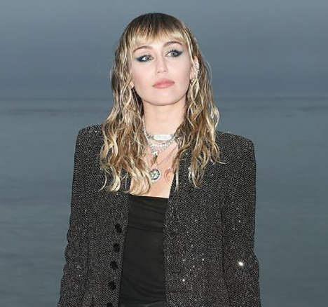Miley Cyrus Hairstyles wet look