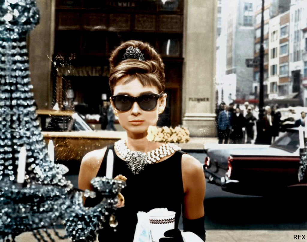 Audrey-Hepburn-Breakfast-At-Tiffanys-Still