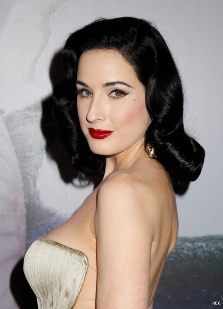 Dita-Von-Teese-Hair-2014-Waves