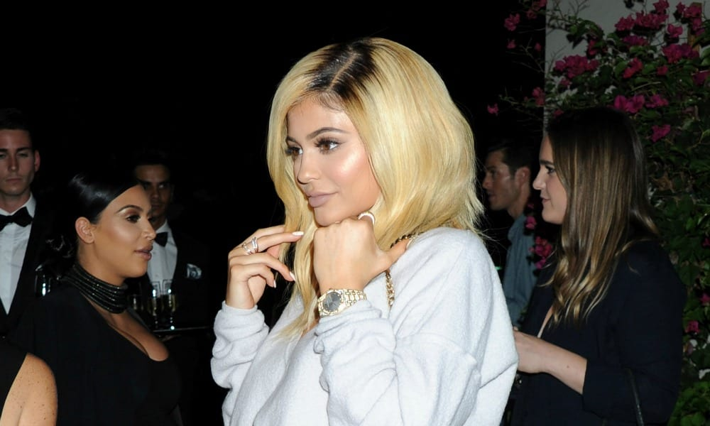 Tricks to Hide Your Roots Before You Make It to theSalon