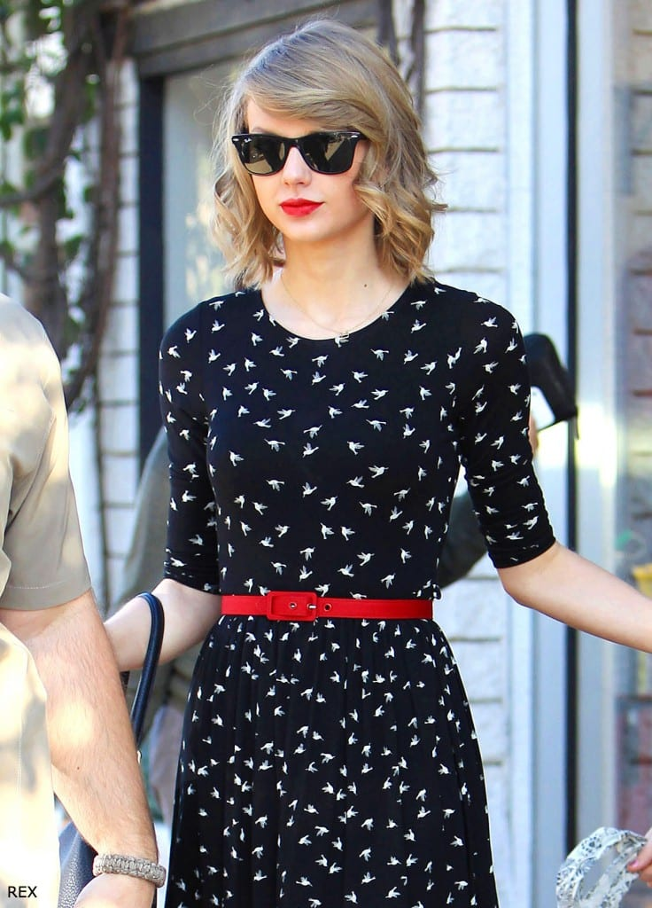 Taylor-Swift-Hair-Bob-Curls-2014